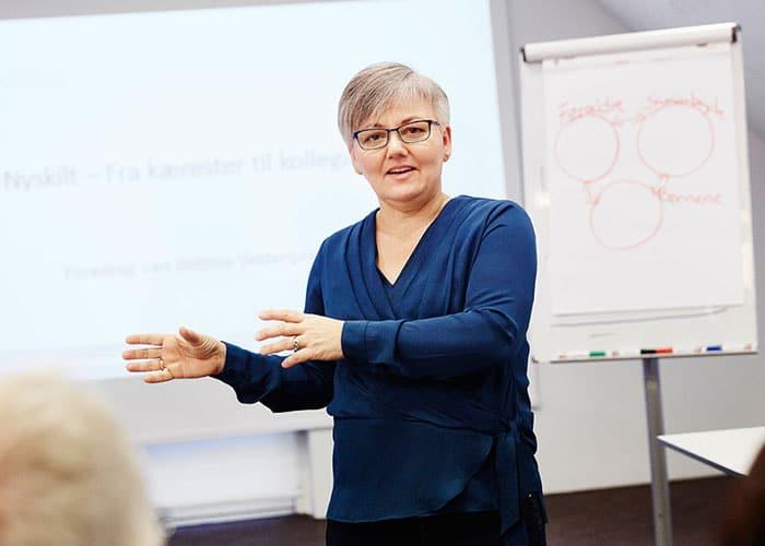 Bettina Vestergaard udarbejder et skræddersyet KIFF kursus der tager udgangspunkt i jeres situation