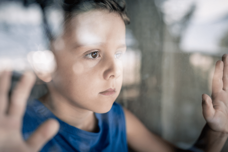 Bekymret dreng - Skilsmisse rådgivning
