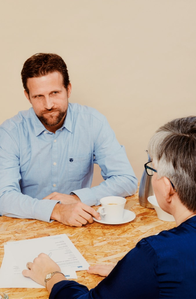 Bettina rådgiver en far der bliver udsat for forældrefremmedgørelse
